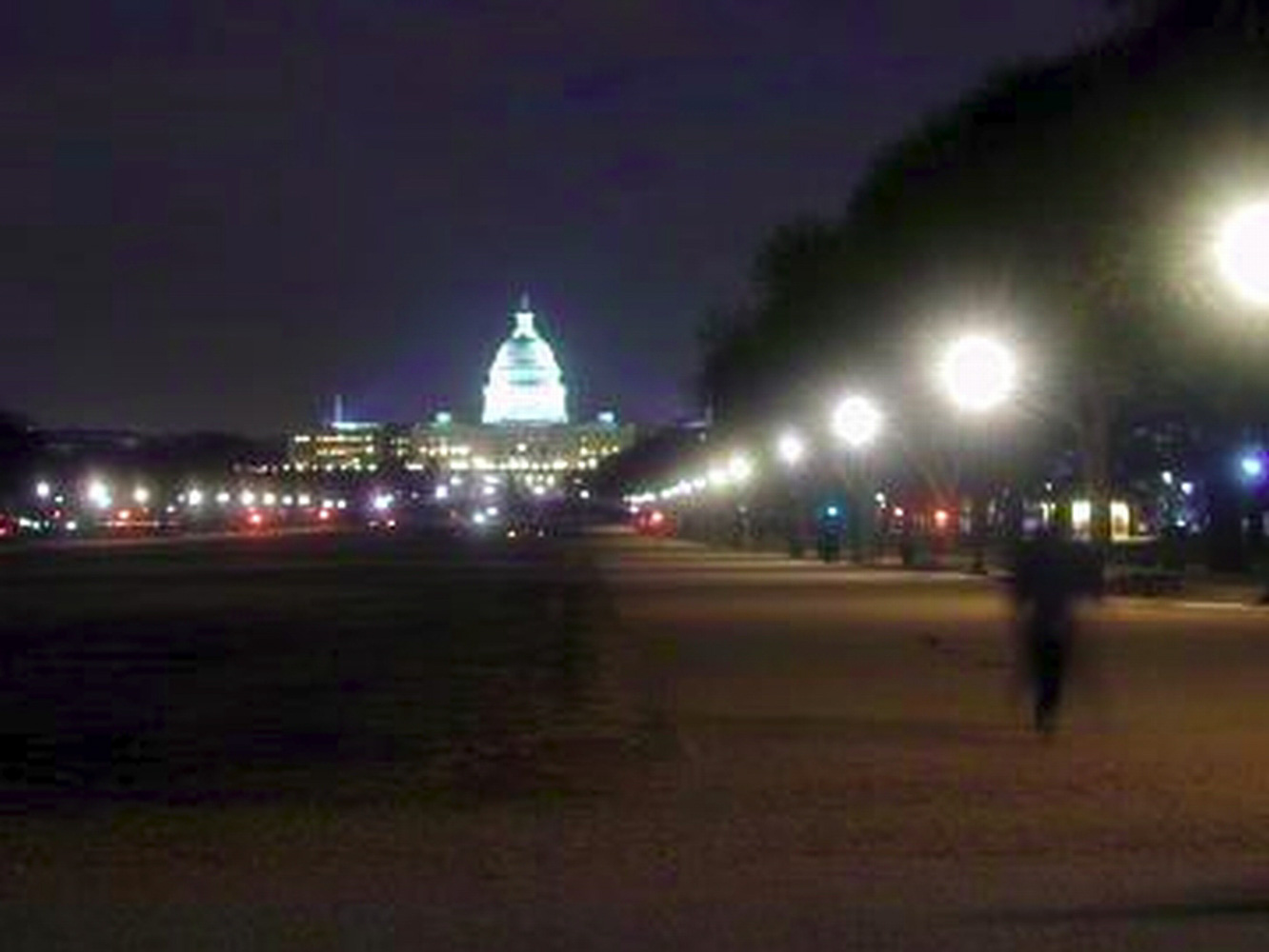 Washington DC, Capitol building at night