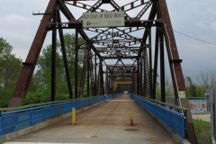 Driving Route 66, Chain of Rocks bridge