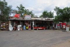 Driving Route 66, Hacberry General store