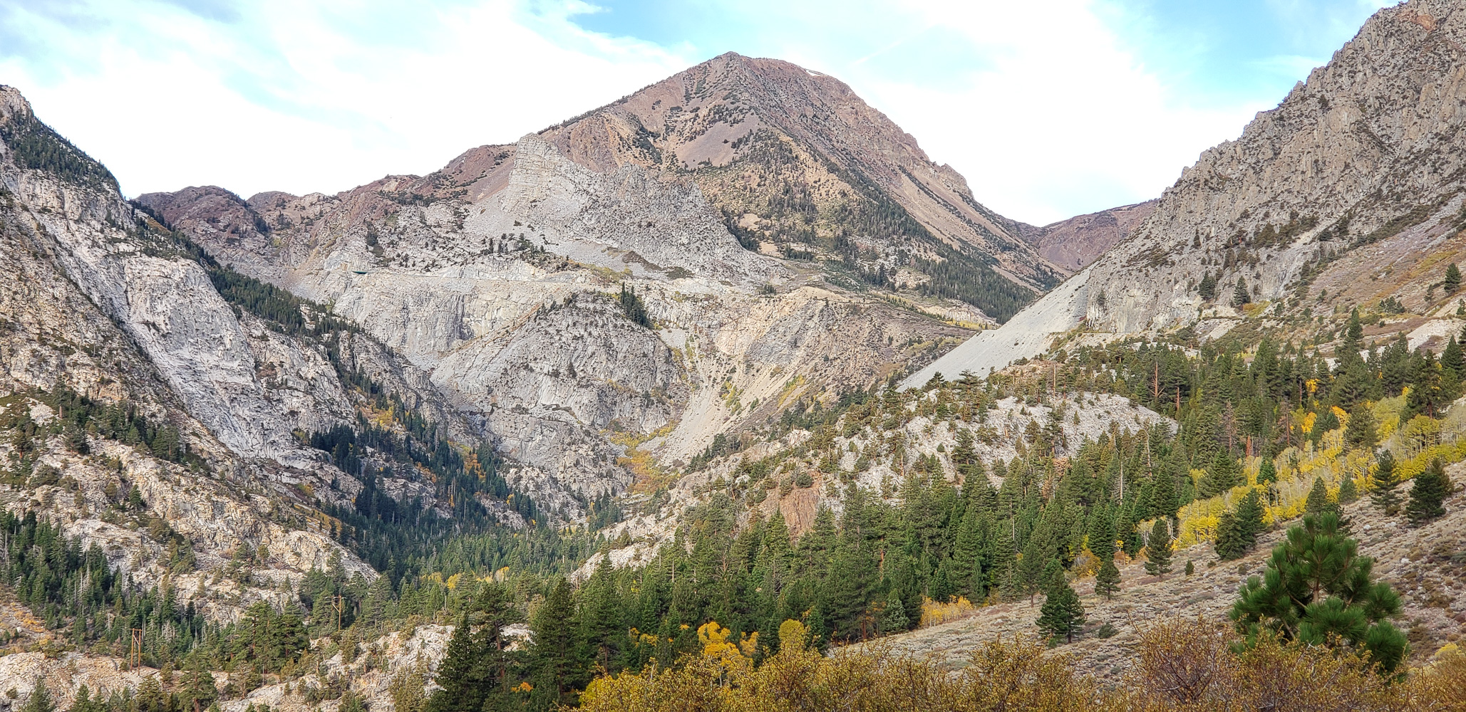 Heading up to the Tioga Pass from Lee Vining