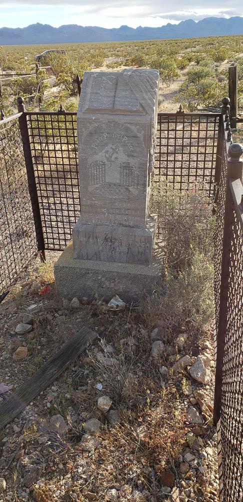 Rhyolite ghost town cemetery